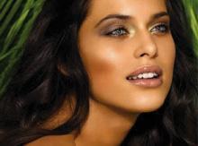 Maquillaje con bronceado